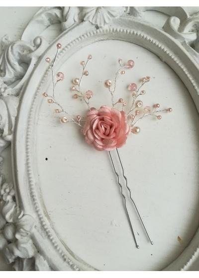 Украса за коса с кристали Сваровски и роза от сатен на фуркет модел Delicate Satin Rose by Rosie