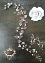 Дълга украса за коса и обици за сватба и бал в бяло и розово Rose Kiss by Rosie