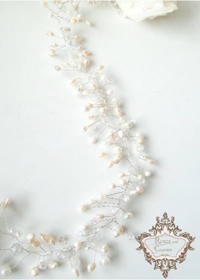 Дълга украса за булчинска прическа от сладководни перли и кристали Pearl Bliss