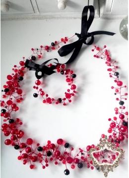 Комплект официална диадема за коса и гривна в черно и червено Carmen By Rosie