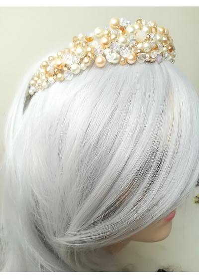 Дизайнерска диадема с перли и кристали Сваровски в екрю и златно модел Ivory and Gold by Rosie