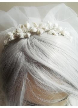 Дизайнерска диадема за коса с цветя цвят слонова кост и кристали Сваровски Ivory Orchid by Rosie