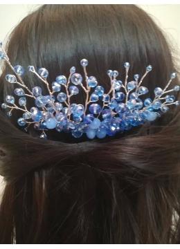Нежен гребен - украса за абитуриентска прическа в светло синьо Blue Iris by Rosie