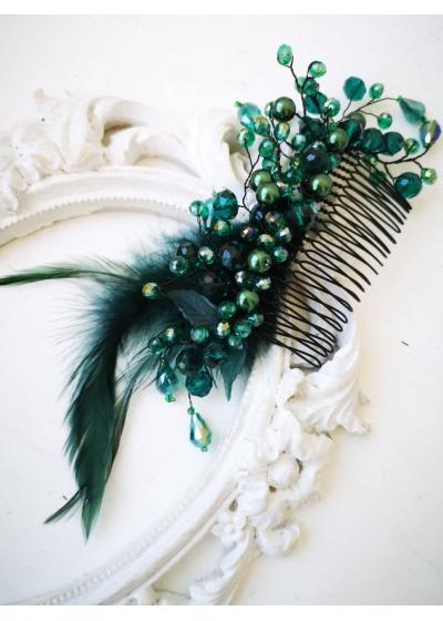 Елегантен гребен украса за коса с кристали и пера в тъмно зелено Green Garden by Rosie