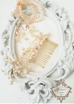 Комплект гребен- украса за коса, обици и гривни в цвят праскова