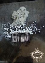 Дизайнерски булчински гребен- украса за коса White Wedding