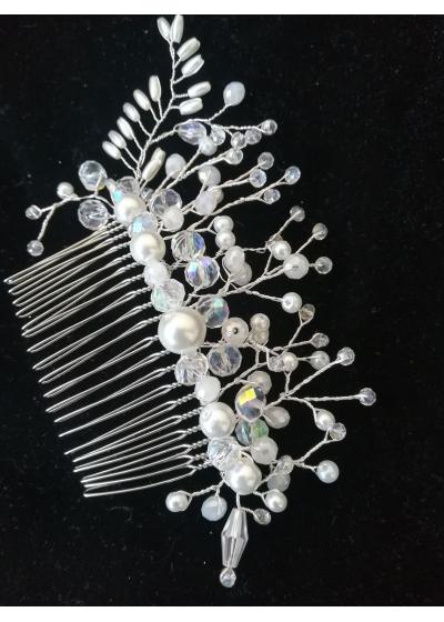 Гребен украса за коса с кристали Сваровски модел Delicate in White by Rosie