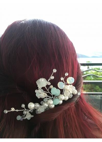 Булчински аксесоар за коса - мини гребенче с лунен камък, перли и кристали Сваровски серия Moon Flower