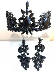 Комплект дизайнерска корона с черни кристали Сваровски и обици модел Absolute Black Rose 2 by Rosie