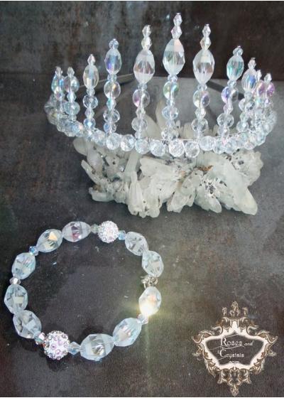 Елегантен комплект дизайнерска корона и гривна от Сваровски кристали серия Queen of Atlantis