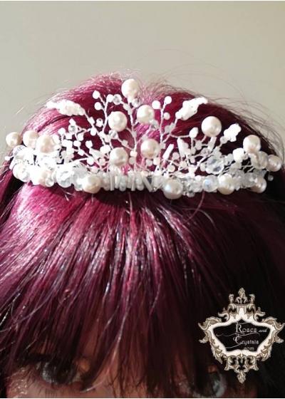 Нежна дизайнерска корона в цвят розова пудра Rose Blush