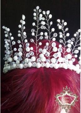 Уникална Дизайнерска корона от перли и Сваровски кристали Queen of Infinity