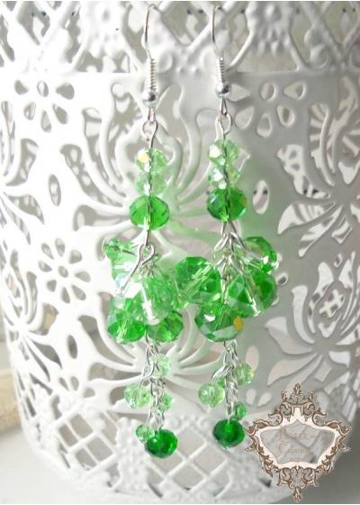 Ефектни дълги дизайнерски обици с зелени кристали серия Green Flowers