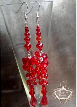 Нежни дизайнерски обици червени кристали сваровски Red Queen