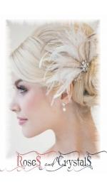 Гребени фуркети и украси за коса с пера и цветя